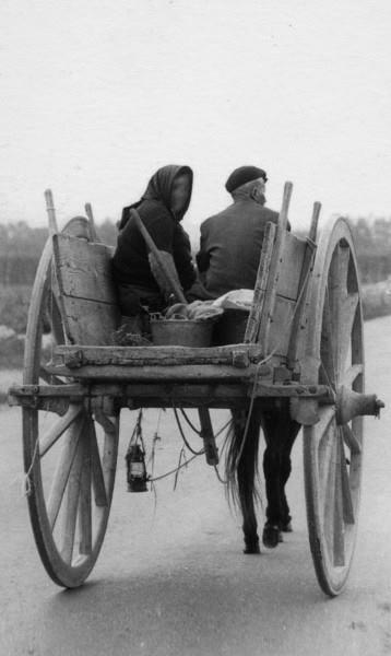 Nonna ''Cheta'' e Nonno ''Ricu'' (1957)