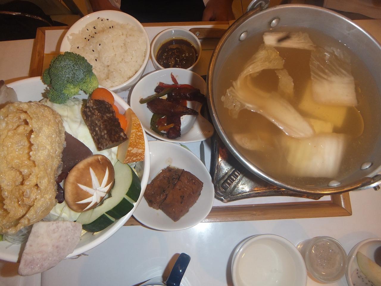 台東 http://www.lovinghut.com/portal/tw/aboutus.php?lang=_en