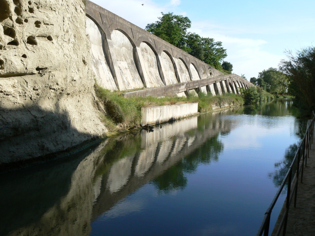 Canal du midi-sortie du tunel