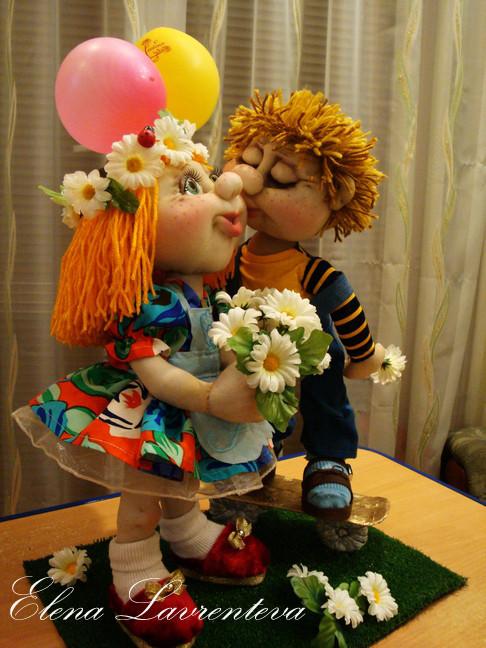 Первый поцелуй!