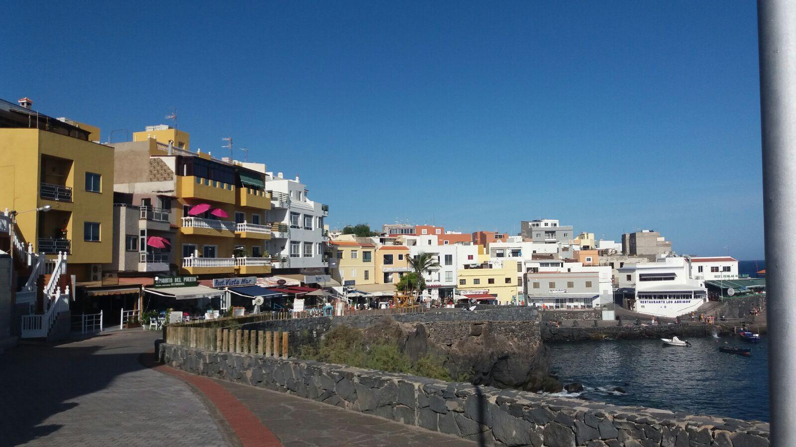 Los Abrigos, das kleine Hafenstädtchen am Meer