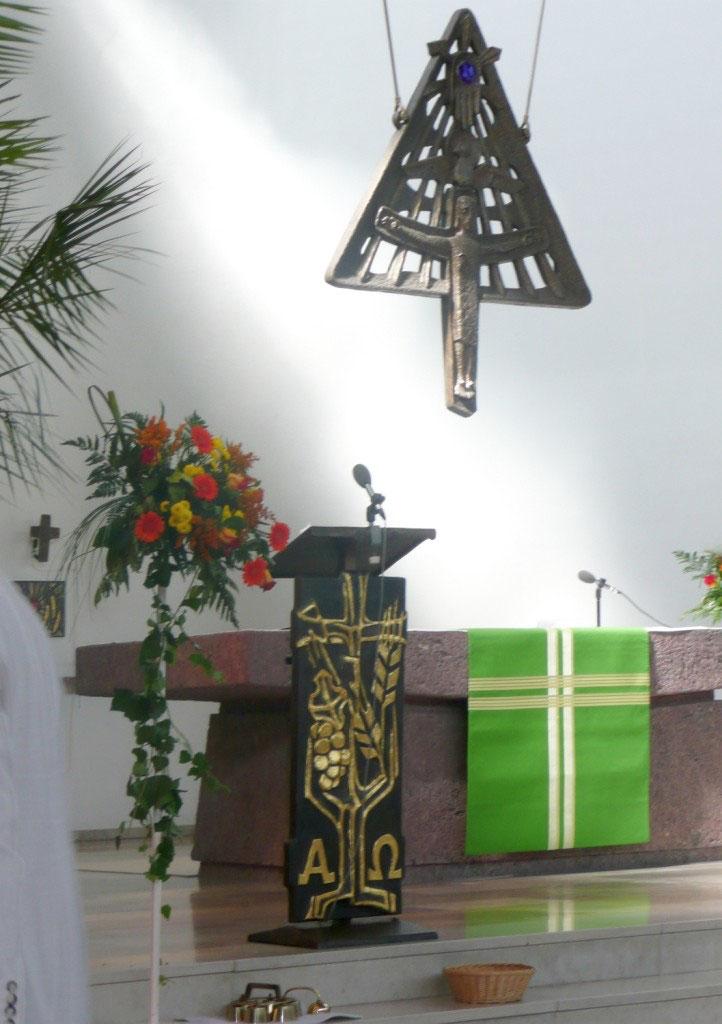 St. Dreifaltigkeit in Krofdorf - Innenansicht