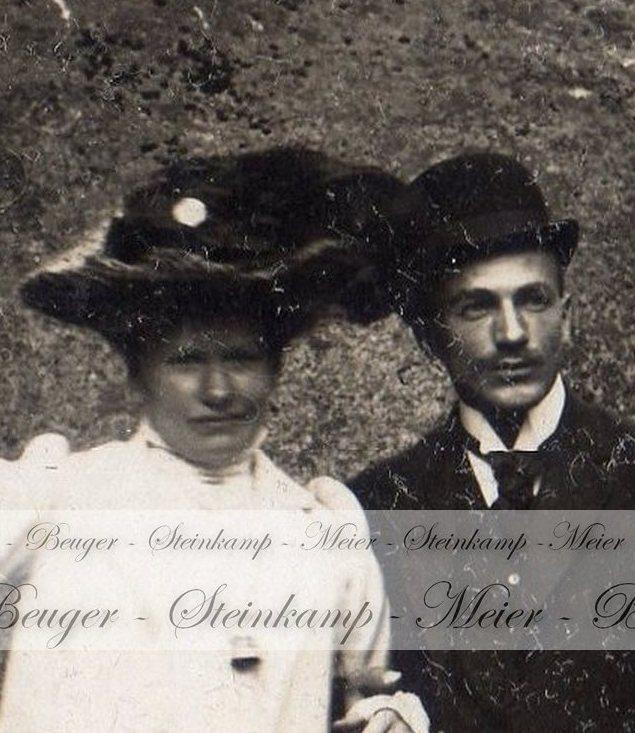 Marie Römer und Christel Steinkamp beim Ausflug in den Harz, 1912.