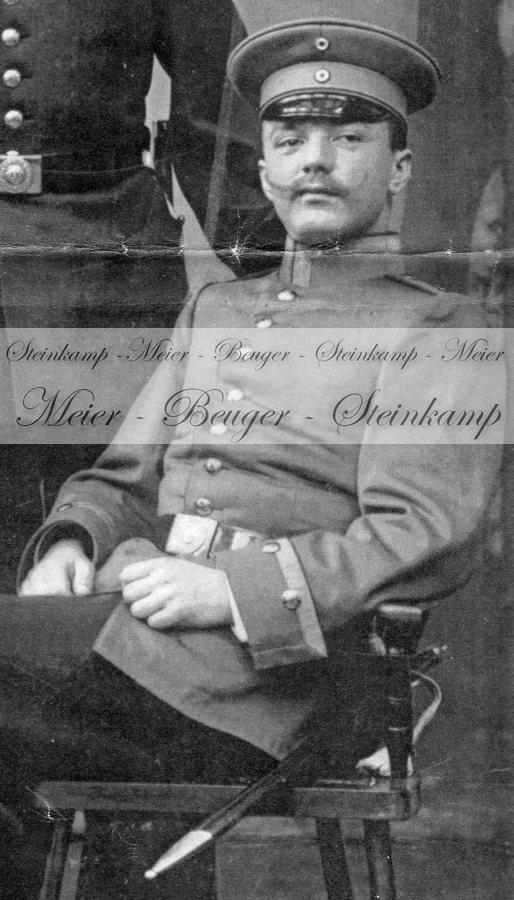 Vergleich mit Uniform Heinrich Steinkamp