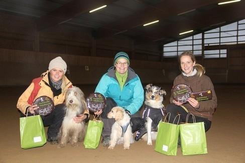 """Unsere """"Siegerteams"""" v.l.n.r. Denise mit Micki, Sophie mit Maja, Jenny mit Tammi"""