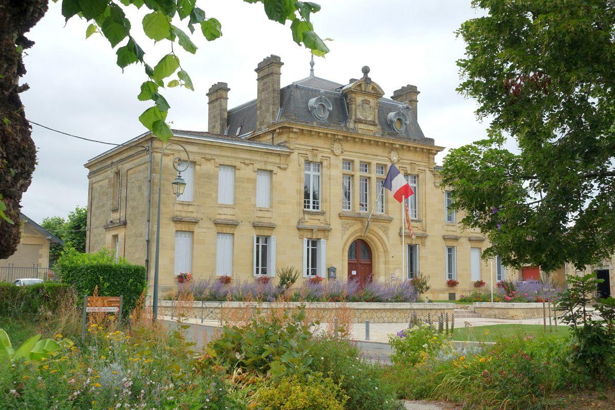Mairie de Rions