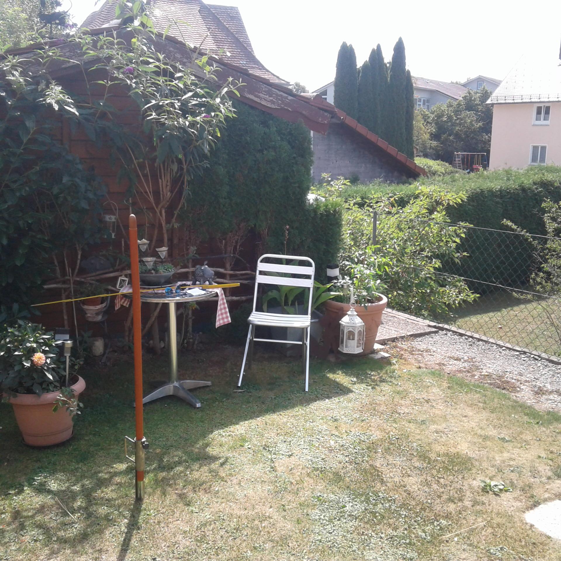 Hochbeet+Sitzbänke aus Stein in Wangen - VORHER