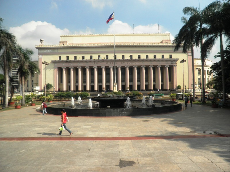 Manila Central Post Office, Liwasang Bonifacio