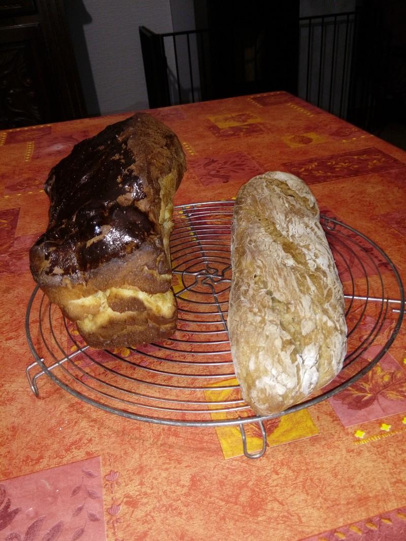Il ne fallait pas oublier le pain et la brioche ; ça donne envie.