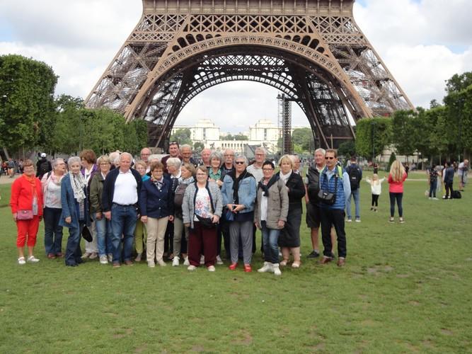 Comité des cheveux blancs : Voyage à Paris