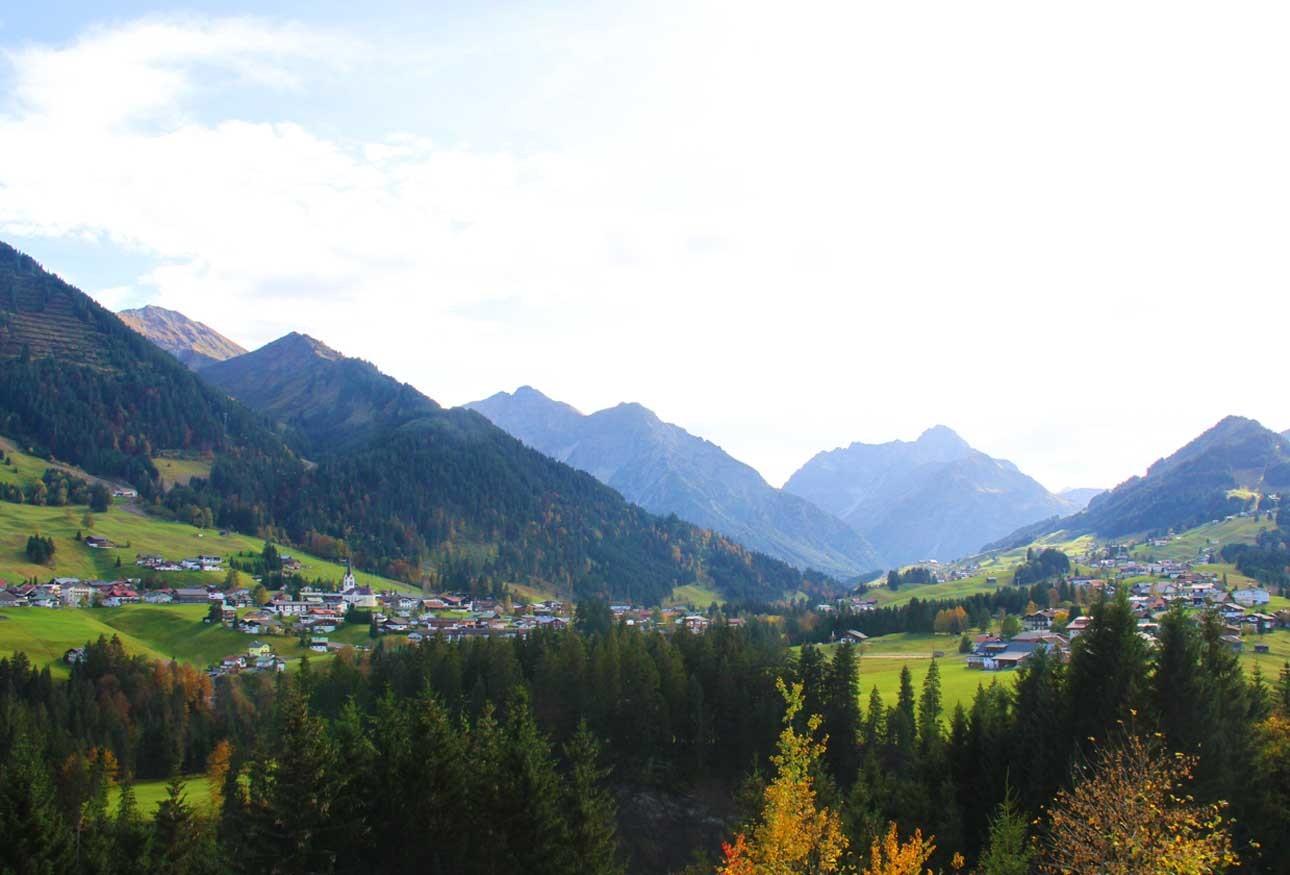 Ausblick aus der Schwende über das Tal