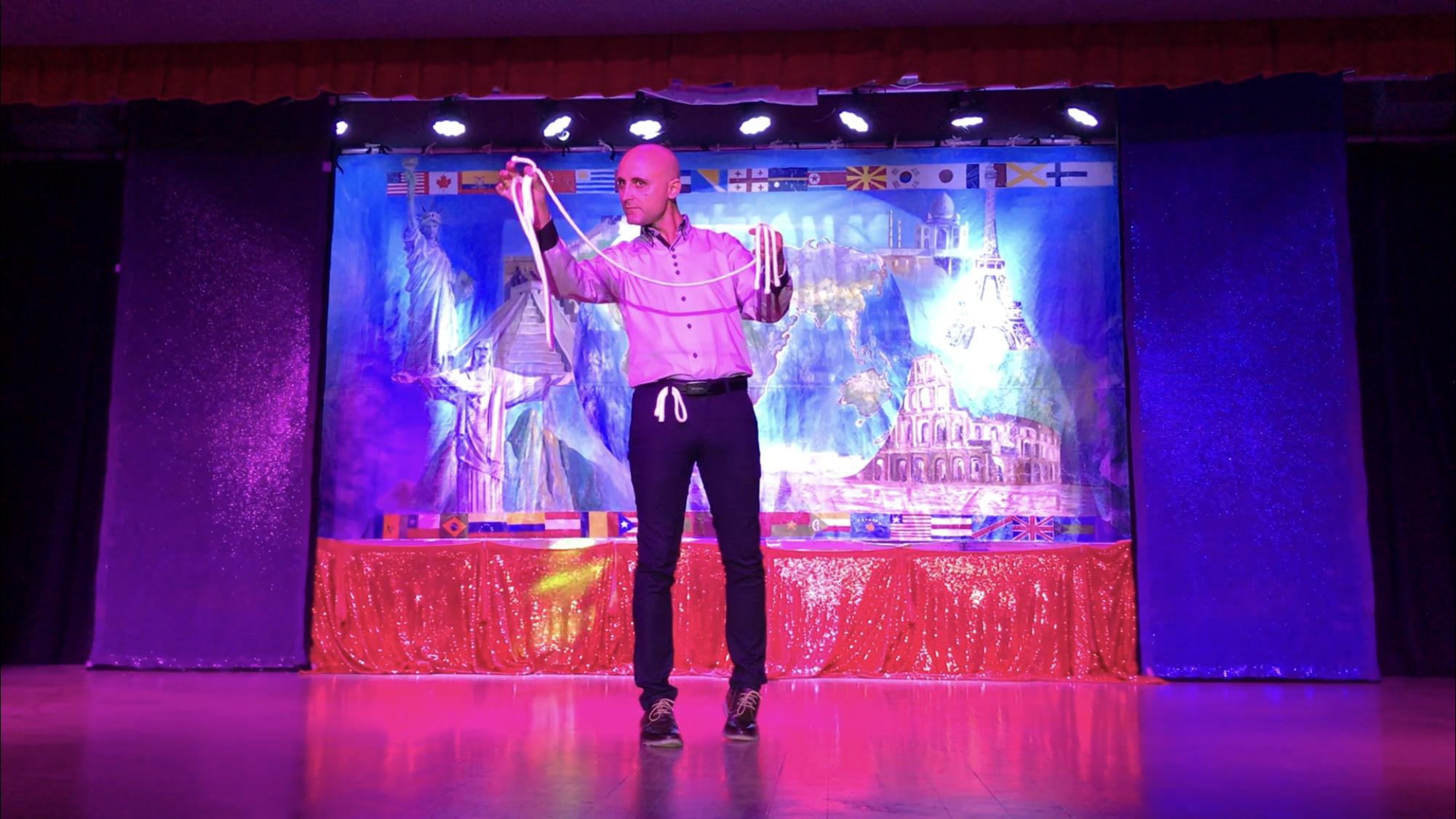 Johnny Diablo - Stage Show Cuba