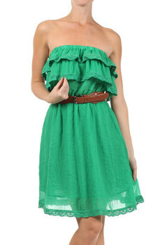 Tiered crochet lace top dress with contrast belt and laced hemline.   80%POLYESTER/20%RAYON  Sizes: S M L  Made In: China  € 99.00