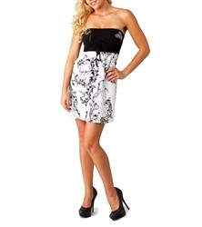 Metal Mulisha Trish Dress White  Our Price: €42.00