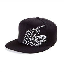 Metal Mulisha Apart Flexfit Hat Black  Our Price: €29.50