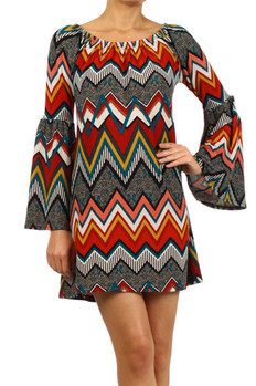 Printed, bell sleeve shift dress with scoop neckline.   100% POLYESTER Made In: Sizes: S M L  USA PRICE  €99.00