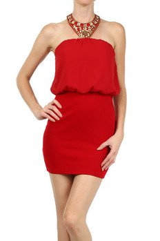 Solid, embellished halter dress with elasticized waistband.   100% POLYESTER Made In: China Sizes: S M L  PRICE  €210.00