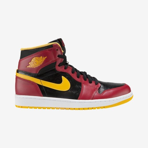 Air-Jordan-1-Retro-High-OG-Mens-Shoe-555088_017PRICE €130.00