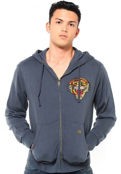 Serial Number:CYI1486  Material:cotton  Name:Ed Hardy  Color:navy blue,grey  Size:M.L.XL.XXL  Packing:dust bag  Note:Please choose color and size in available options when you checkout.we will ship according to your need. PRICE €168.00