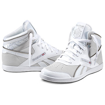 BB7700 Mid Donna Disponibilità immediata   Invia la prima recensione Color White / Flint Grey Metallic (V48314) PRICE €70.00