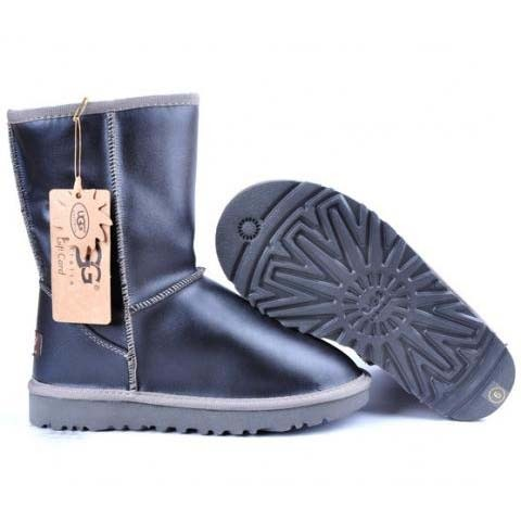 UGG Metallic Classic Short Boots 5842 Black For Cheap  €153.99  €95.99 Save: 38% off 298 Units in Stock