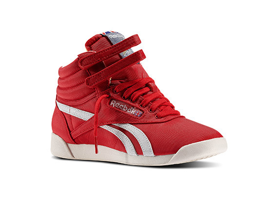 Freestyle Hi Vintage Inspired woman Color Stadium Red / Chalk / San sizes: 36 37 37.5 38 38.5 39 40 40.5 41 42 PRICE €189.00