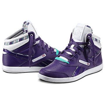 BB7700 Mid Donna Disponibilità immediata   Invia la prima recensione Color Rich Purple / White / Steel / Emerald Green (V46095) PRICE €70.00