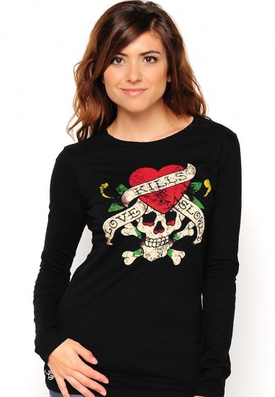 Serial Number:CYI2280  Material:cotton  Name: ED Hardy  Color:red.black  Size:S.M.L.XL  Packing:OPP bag  Note:Please choose color in available options when you checkout.we will ship according to your need. PRICE €99.00