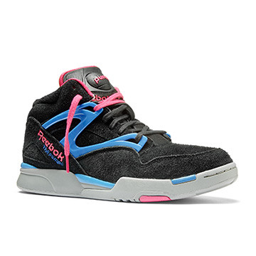 Pump Omni Lite Disponibilità immediata   Invia la prima recensione Color Black / Candy Pink / Cycle Blue / Flat Grey (V53789) PRICE €120.00