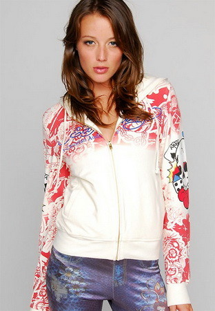 Serial Number:CYI20N21  Material:cotton  Name:ED Hardy  Color:as the picture  Size:S,M,L,XL  Packing:OPP Bag  Note:Please choose size in available options when you checkout.we will ship according to your need. PRICE €132.00