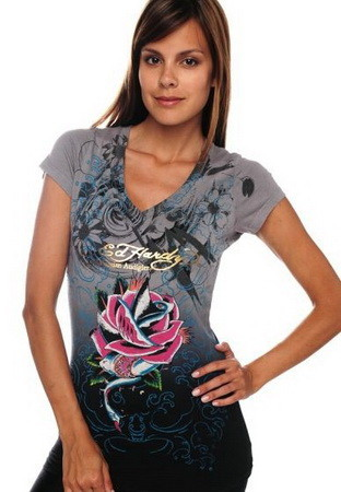Serial Number:CYI20M12  Material:cotton  Name:ED Hardy  Color:as the picture  Size:S,M,L,XL  Packing:OPP Bag  Note:Please choose size in available options when you checkout.we will ship according to your need. PRICE €90.00