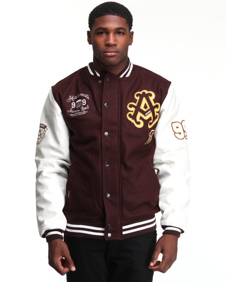 Thompson Wool Blend Varsity Jacket PRICE €130.00 Our Thompson Wool Blend Varsity Jacket features a varsity style design, striped ribbed knit collar, hem and cuffs, embroidered logos, full snap button closure. Tailored for a comfortable fit. L XL XXL