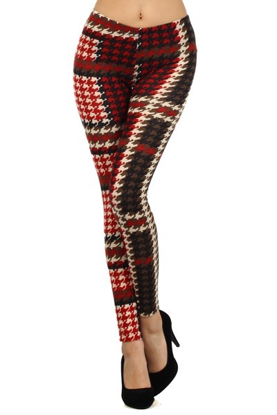 827PT534    Yelete *** Size runs small. Fits S/M ***  The Motif with houndstooth pattern is a winter jersey knit legging with a mid waist and slim fitting fashion legging. Fabric: 90% Polyester, 10% Spandex  Price €15.99