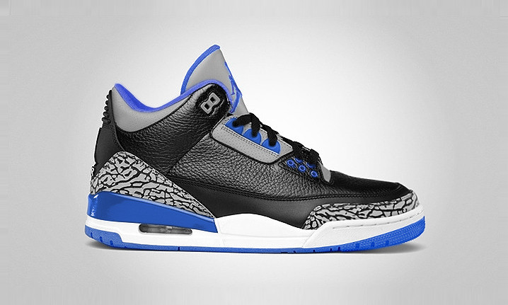 "After last week's first look at the Air Jordan 3 Retro ""Sport Blue"", today brings us a cleaner look at the upcoming shoe. The Air Jordan 3 Retro ""Sport Blue"" is undeniably reminiscent of the ""Black Cement"" OG colorway, substituting Sport Blue on the Jumpm"