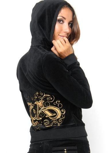 Serial Number:CYI8540  Material:cotton  Name: ED Hardy  Color:as the picture  Size:S.M.L.XL  Packing:OPP bag  Note:Please choose color in available options when you checkout.we will ship according to your need. PRICE €174.00