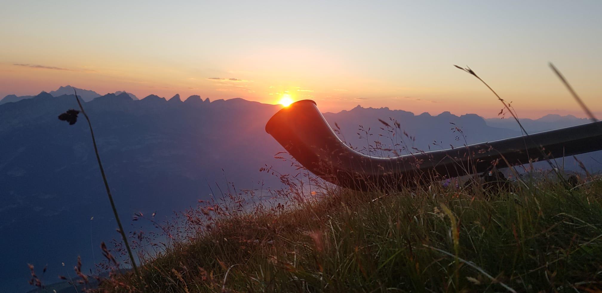 Mit Alphornklängen die Morgensonne begrüssen...