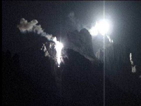 Das doppelte Feuer am 01. Aug. 2004, Bild: Peider C. Jenny