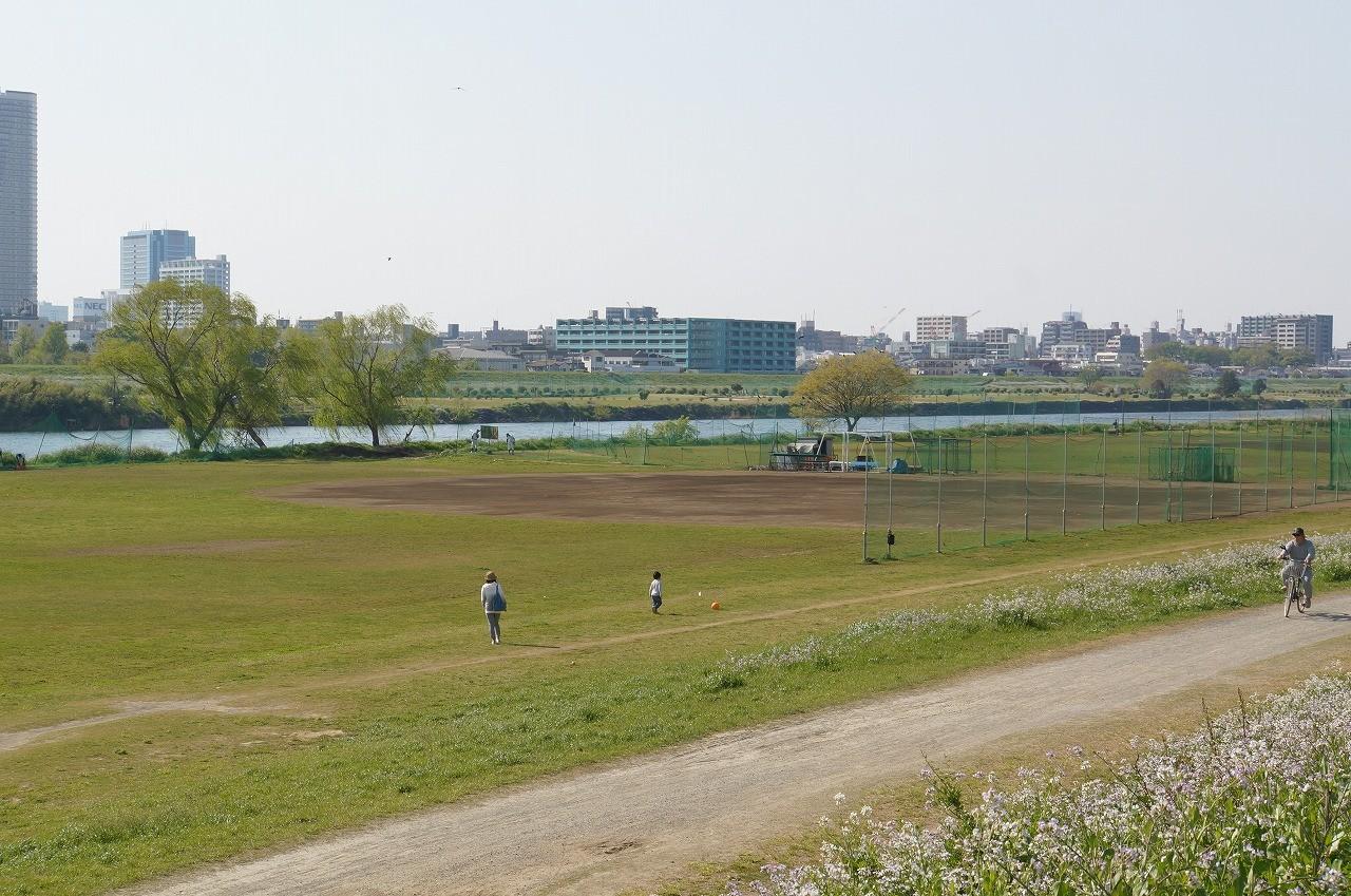 野球場があって、家族で遊んでいたよ