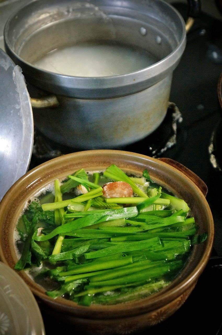 山芋を輪切りにして、お鍋に入れて食べるんだぁ