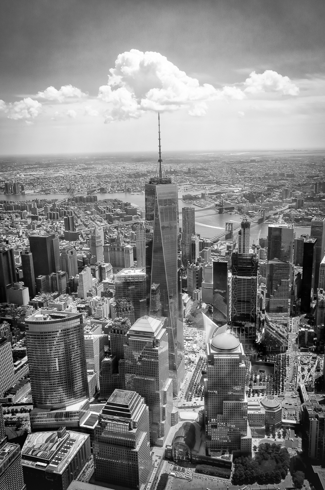 Blick vom Helikopter auf One World Trade Center