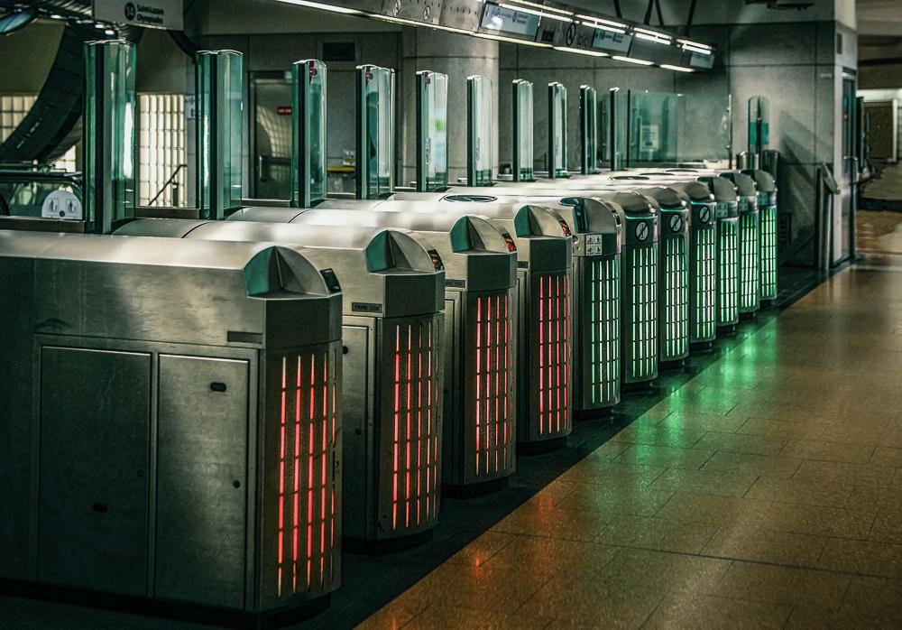 Zugang zur Métro, Automaten