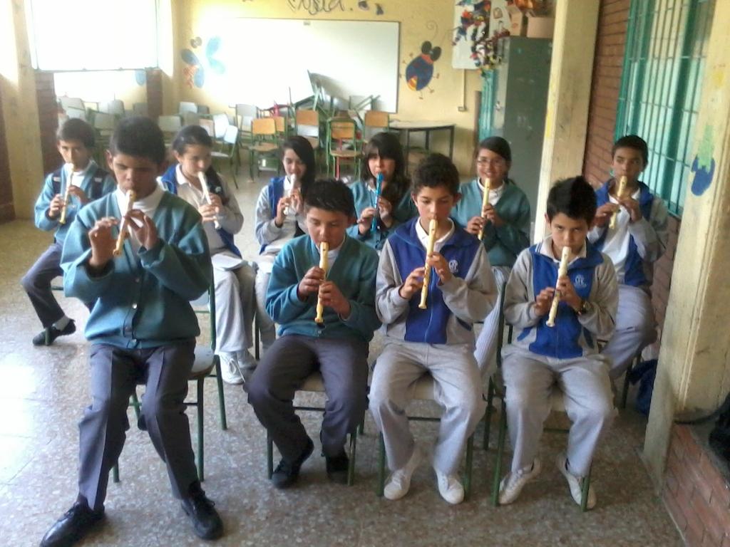 Ensayo de estudiantes de grados Séptimos y Octavos, para  presentación conmemorativa a los 30 años del Colegio José Félix Restrepo I.E.D.