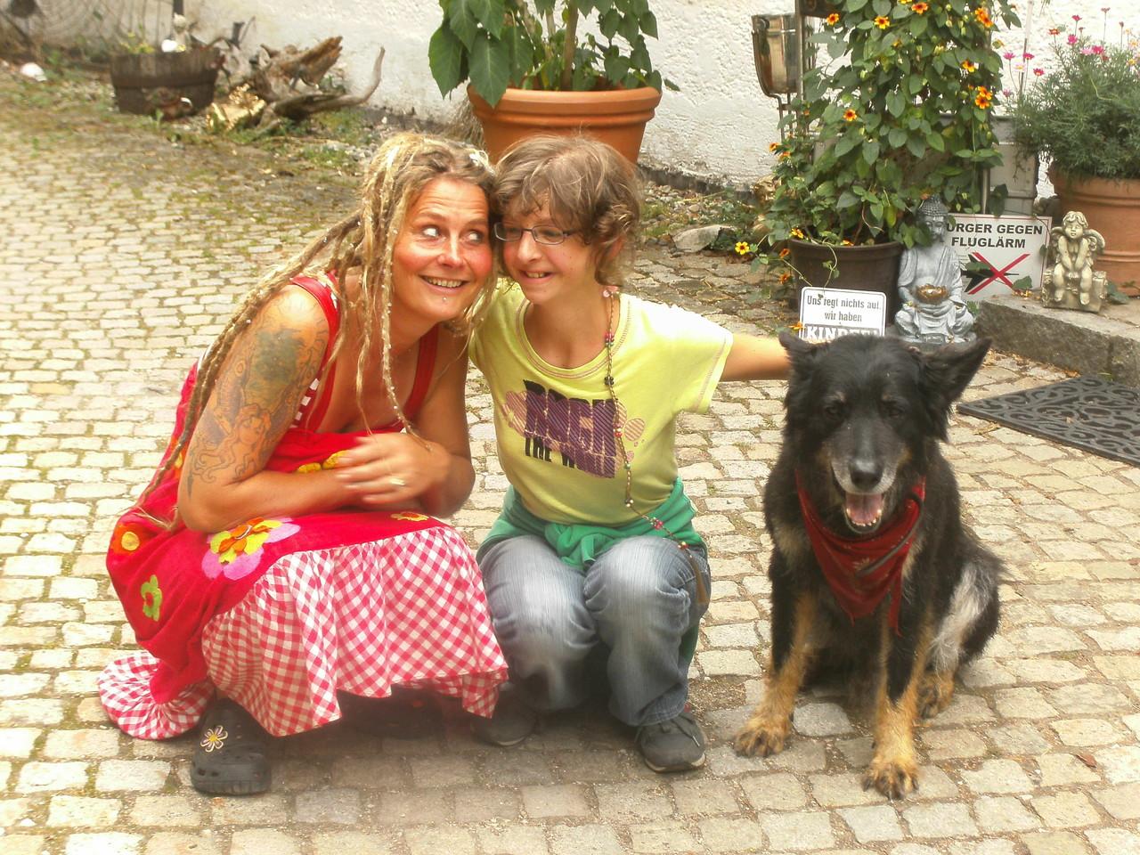 Mit meiner Freundin Patricia und Wolf