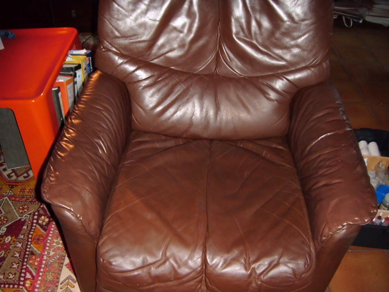 Designer Möbel Lederreparatur  (Nachher)