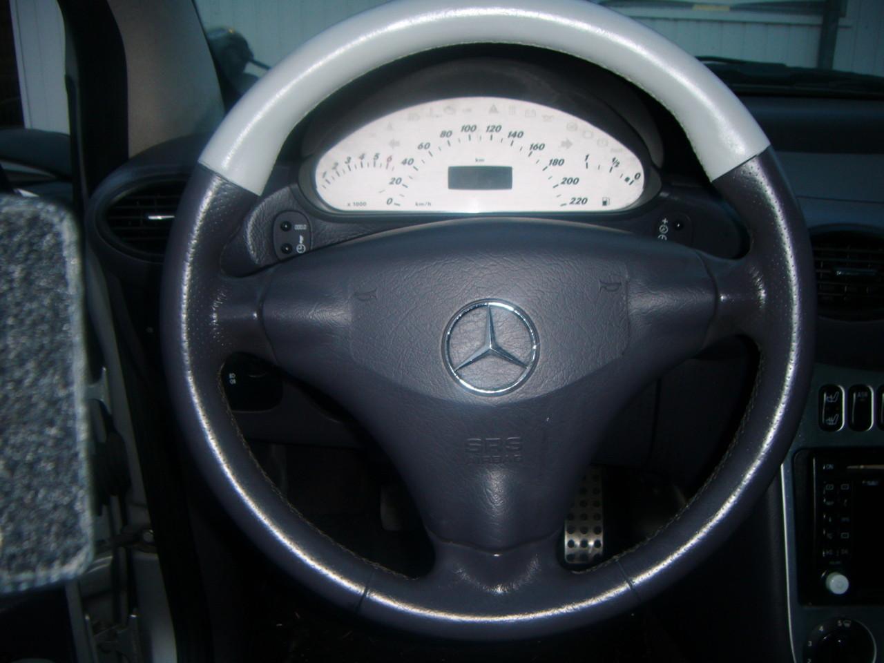 Leder Lenkrad Färben Mercedes A Klasse   (Nachher)