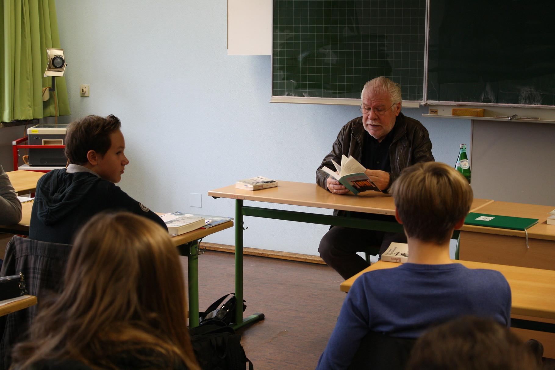 Im Gespräch mit Schülerinnen und Schülern der 9a