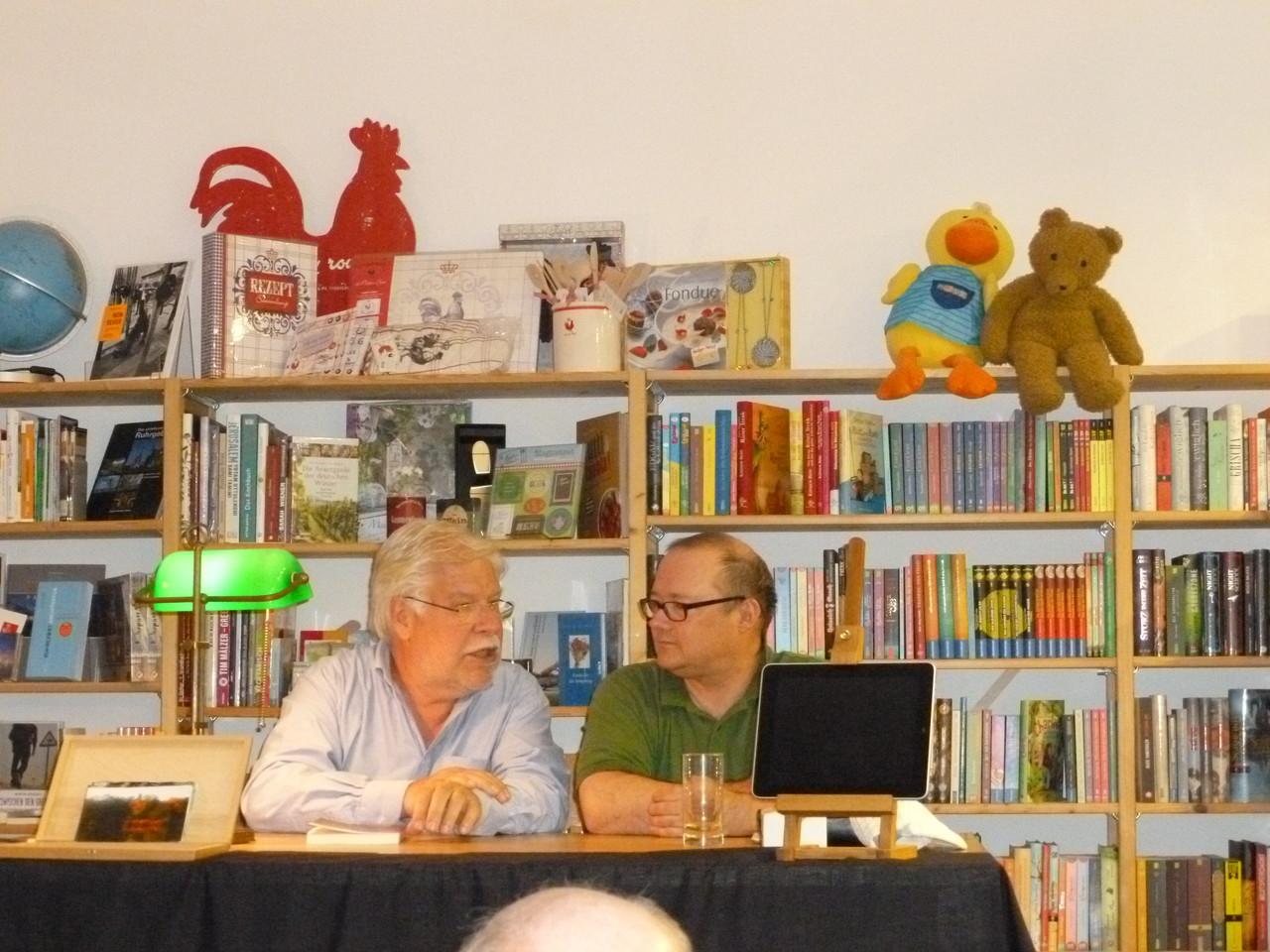 """""""Bochumer Häuser - Neue Geschichten ..."""" Lesung mit Thomas Zehnter bei Napp"""