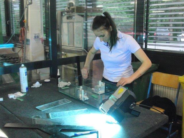 Bauverglasung / UV Verklebung - Präzision auf den mm genau!