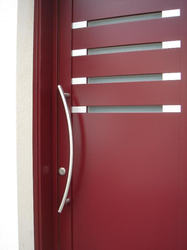 portoncino ingresso in ekoume' laccato rosso