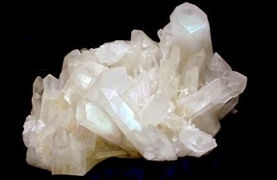 Белый кварц